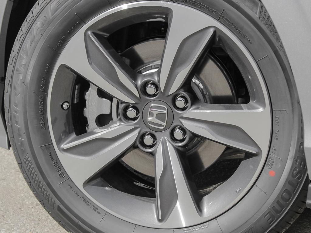 2019 Honda Odyssey EX Res in Mississauga, Ontario - 8 - w1024h768px