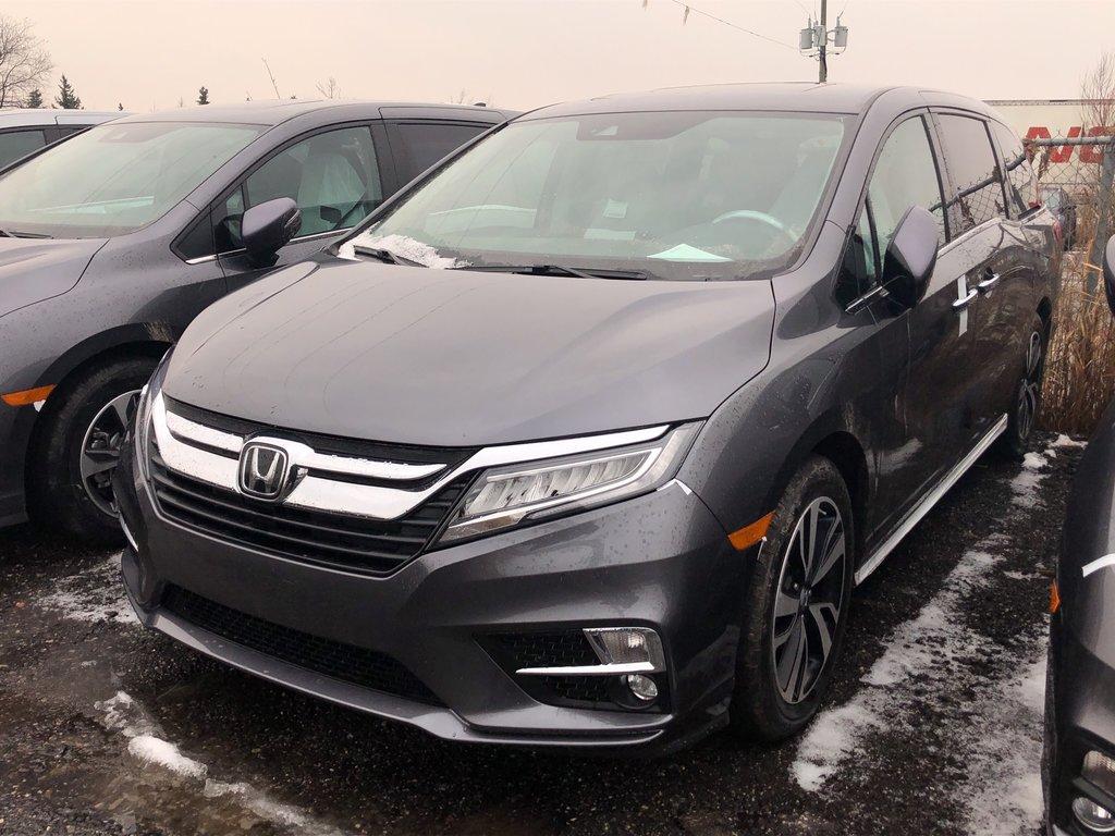 2019 Honda Odyssey Touring in Markham, Ontario - 1 - w1024h768px