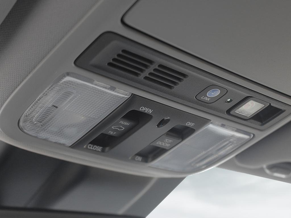 2019 Honda Odyssey Touring in Markham, Ontario - 19 - w1024h768px
