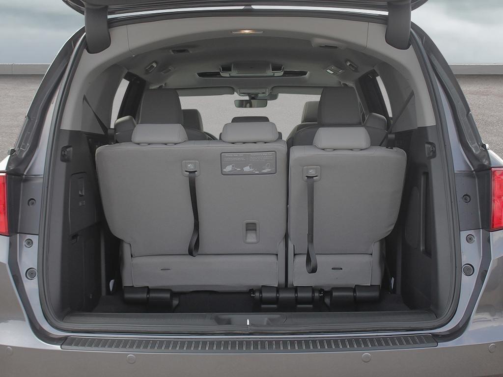 2019 Honda Odyssey Touring in Markham, Ontario - 7 - w1024h768px