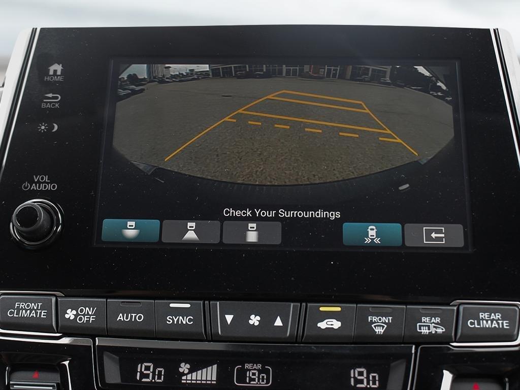2019 Honda Odyssey Touring in Markham, Ontario - 18 - w1024h768px