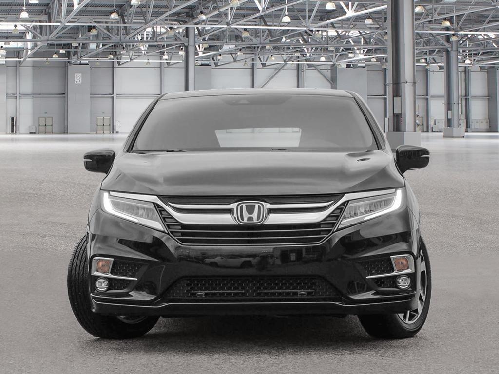 2019 Honda Odyssey Touring in Mississauga, Ontario - 2 - w1024h768px