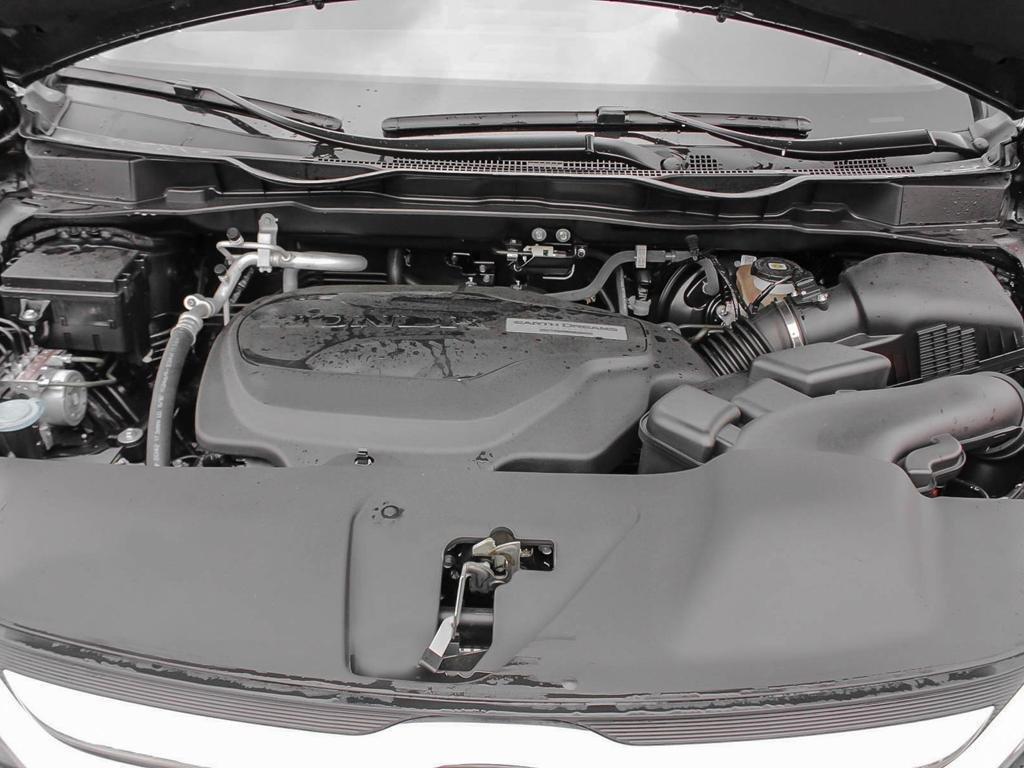 2019 Honda Odyssey Touring in Mississauga, Ontario - 6 - w1024h768px