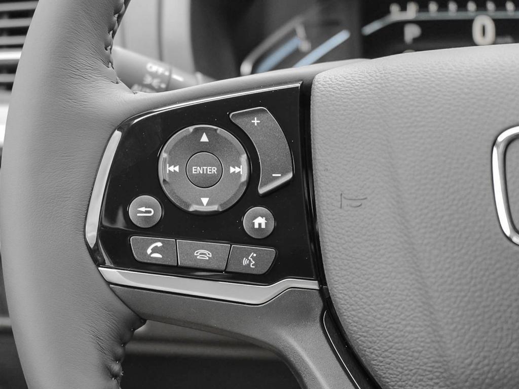 2019 Honda Odyssey Touring in Mississauga, Ontario - 15 - w1024h768px