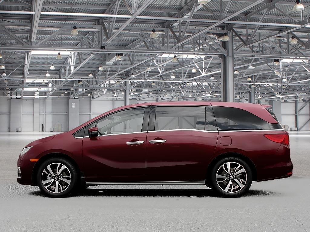 2019 Honda Odyssey Touring in Mississauga, Ontario - 3 - w1024h768px