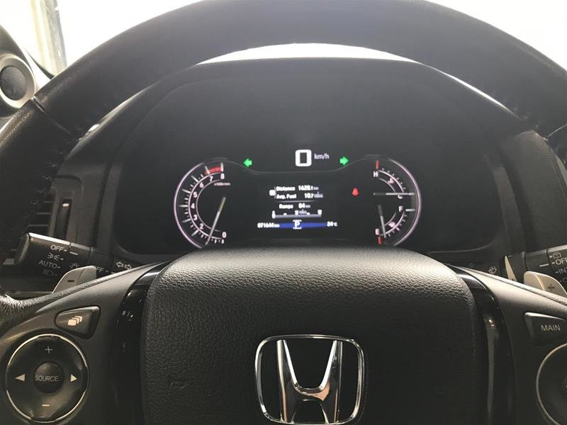 2017 Honda Pilot V6 Touring 9AT AWD in Mississauga, Ontario - 10 - w1024h768px