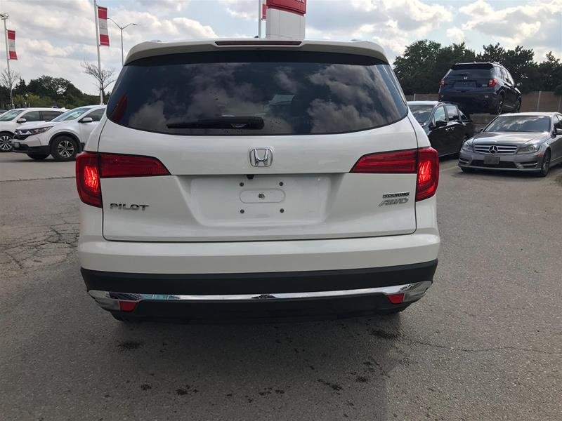 2017 Honda Pilot V6 Touring 9AT AWD in Mississauga, Ontario - 6 - w1024h768px