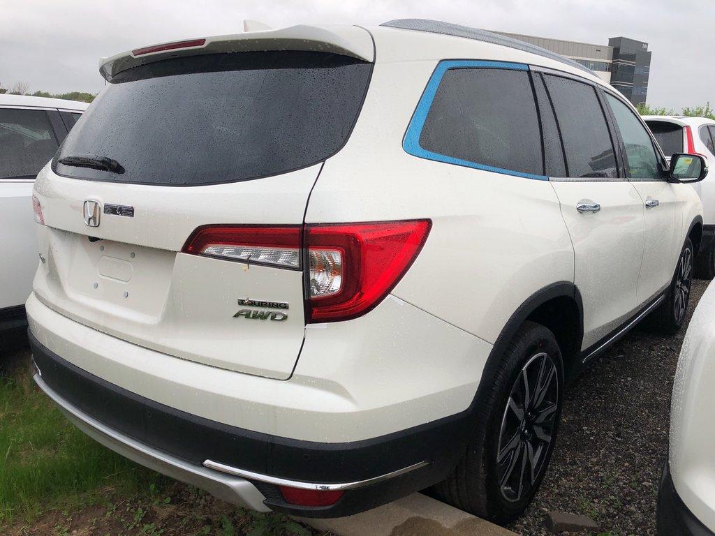 2019 Honda Pilot Touring 9AT in Mississauga, Ontario - 3 - w1024h768px