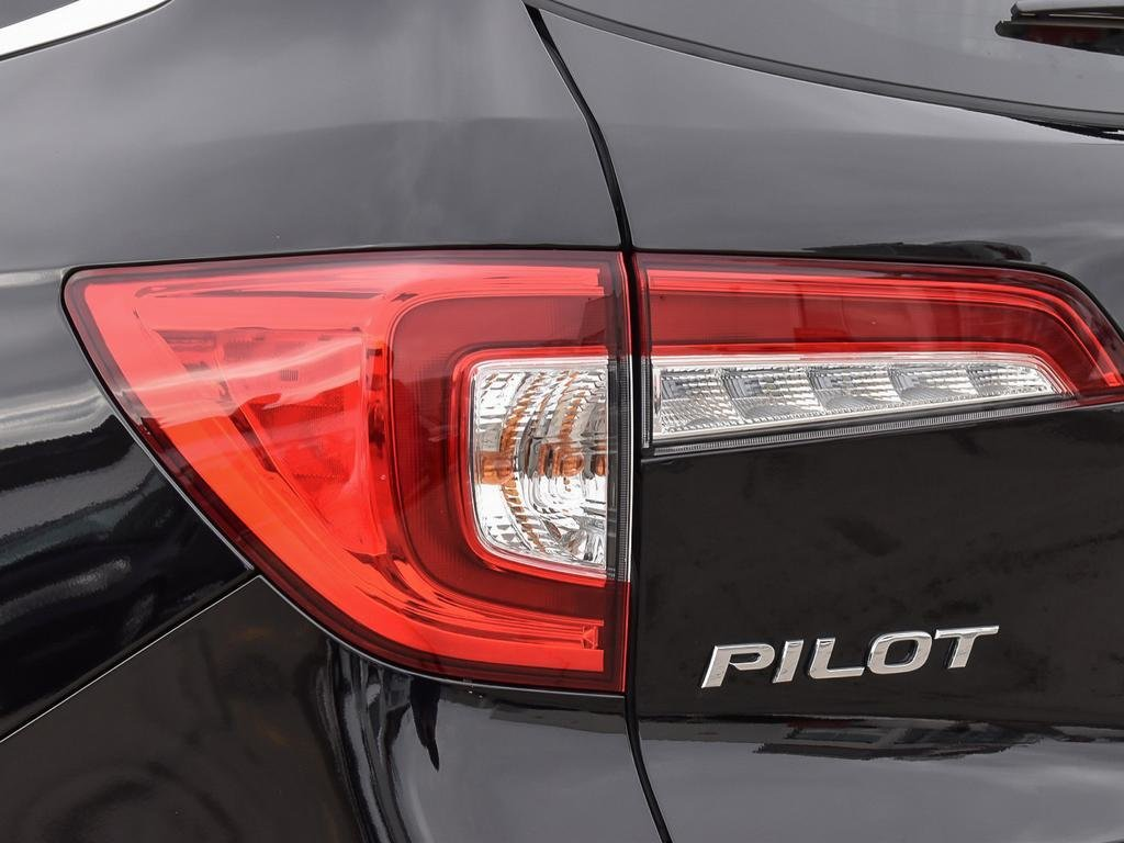 2019 Honda Pilot Touring 9AT in Mississauga, Ontario - 11 - w1024h768px