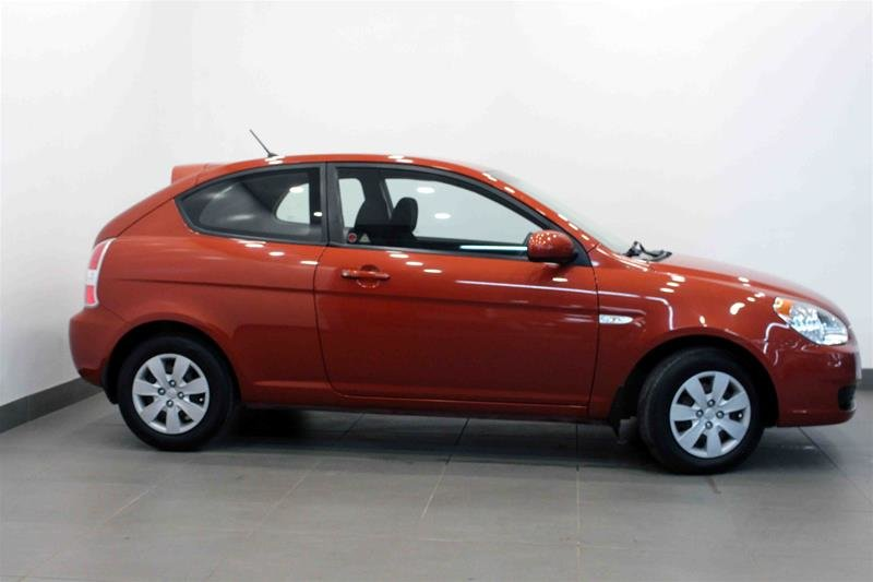 2010 Hyundai Accent 3Dr GL at in Regina, Saskatchewan - 17 - w1024h768px