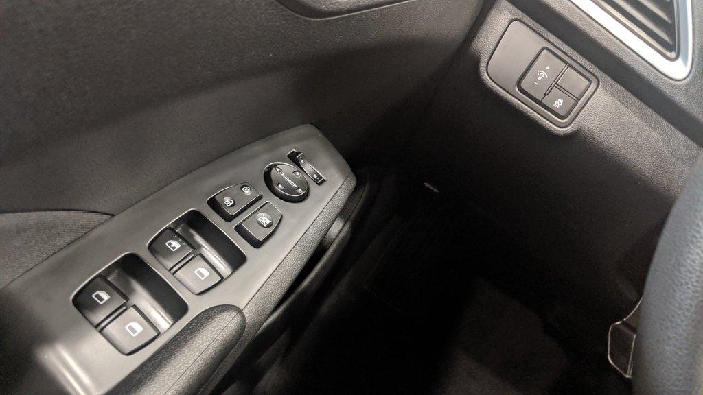 2019 Hyundai Accent (5) Preferred at in Regina, Saskatchewan - 3 - w1024h768px
