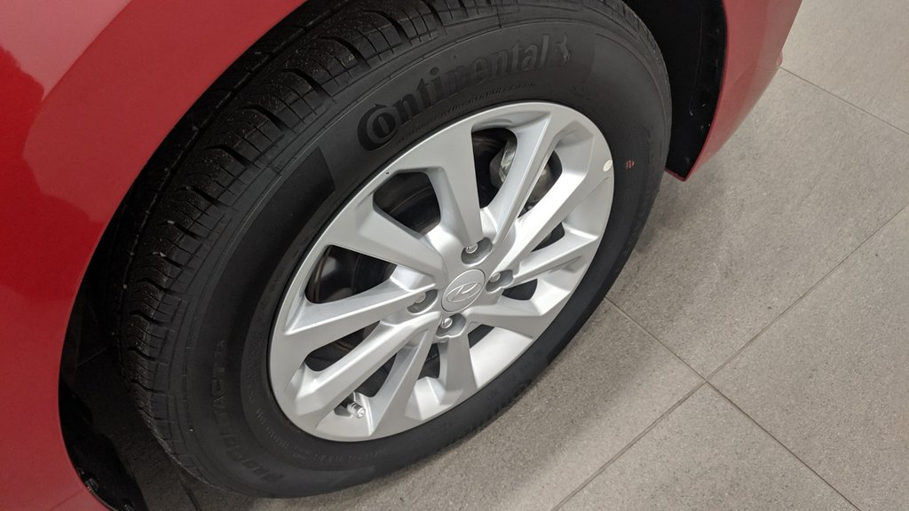 2019 Hyundai Accent (5) Preferred at in Regina, Saskatchewan - 18 - w1024h768px