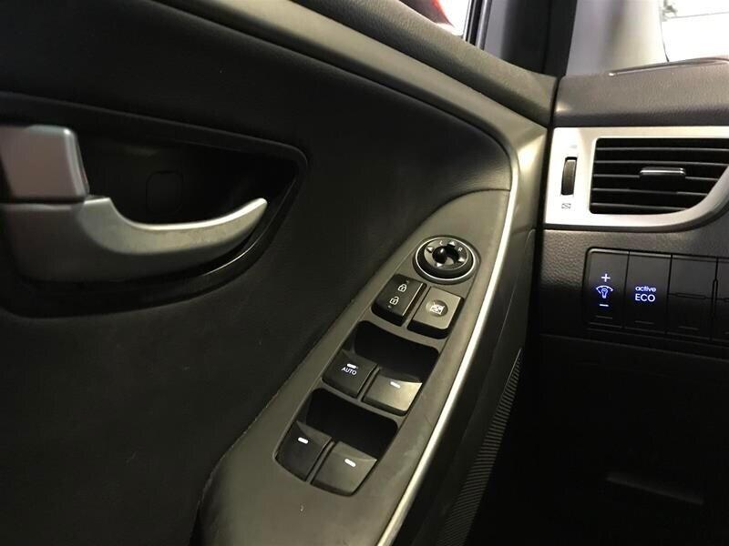 2013 Hyundai Elantra GT SE Technology at in Markham, Ontario - 19 - w1024h768px