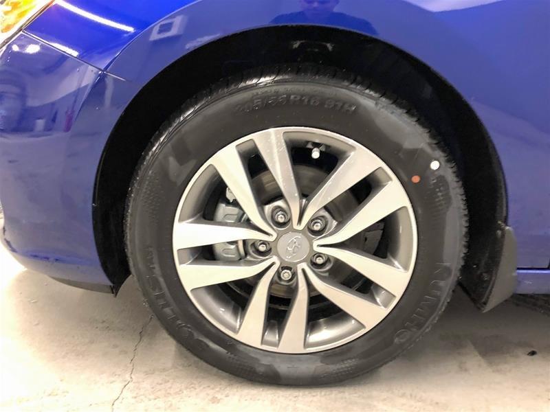 2019 Hyundai Elantra GT Preferred- at in Regina, Saskatchewan - 14 - w1024h768px