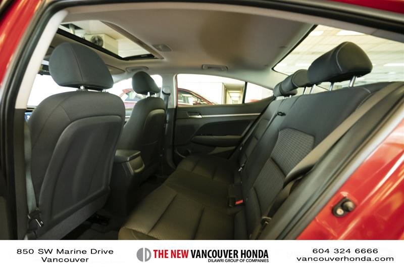 2017 Hyundai Elantra Sedan GLS in Vancouver, British Columbia - 12 - w1024h768px
