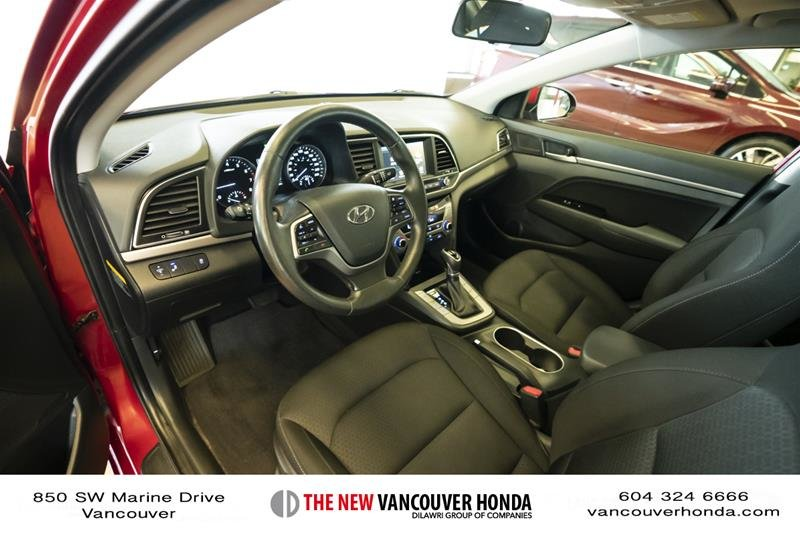 2017 Hyundai Elantra Sedan GLS in Vancouver, British Columbia - 11 - w1024h768px
