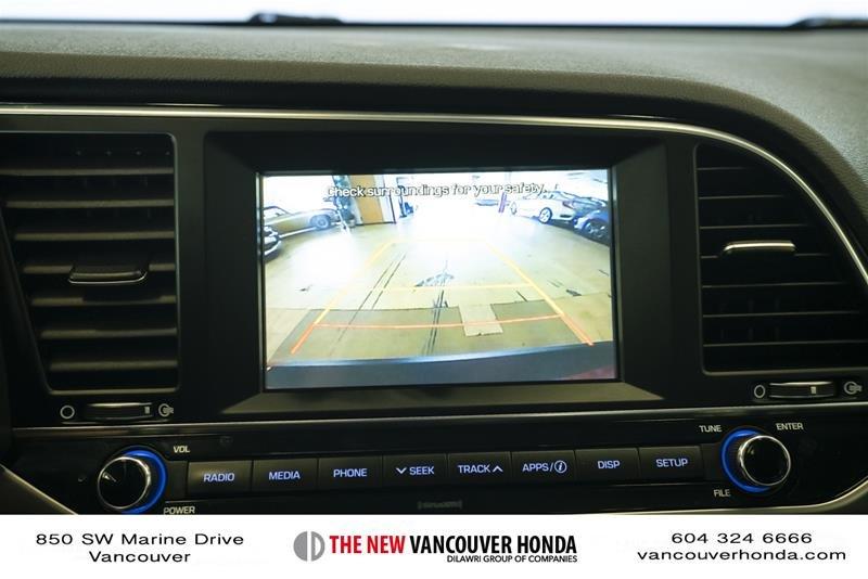 2017 Hyundai Elantra Sedan GLS in Vancouver, British Columbia - 20 - w1024h768px