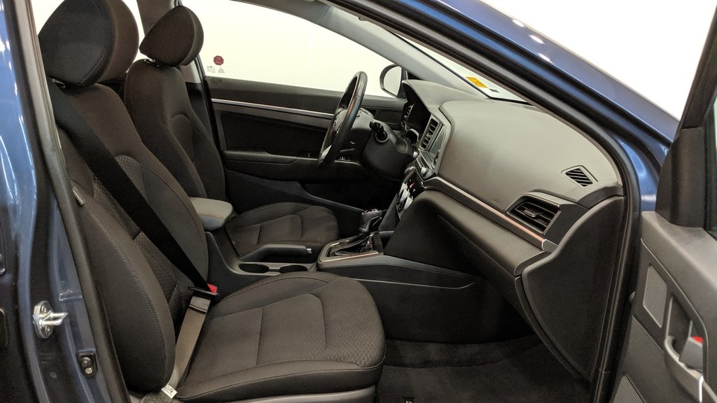 2019 Hyundai Elantra Sedan Preferred at Sun and Safety in Regina, Saskatchewan - 17 - w1024h768px