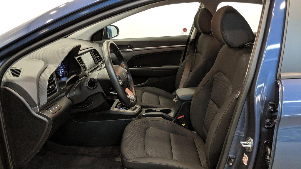 2019 Hyundai Elantra Sedan Preferred at Sun and Safety in Regina, Saskatchewan - 11 - w1024h768px