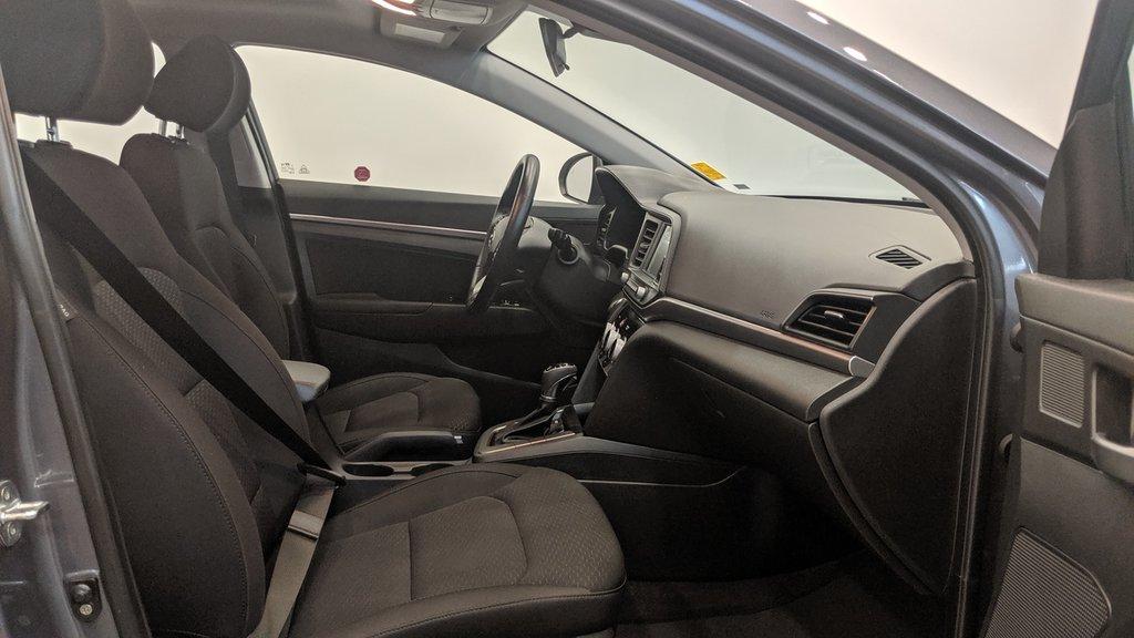 2019 Hyundai Elantra Sedan Preferred at Sun and Safety in Regina, Saskatchewan - 18 - w1024h768px