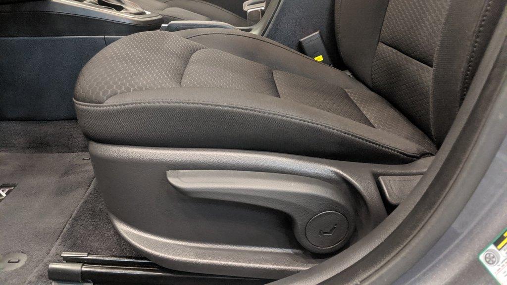 2019 Hyundai Elantra Sedan Preferred at Sun and Safety in Regina, Saskatchewan - 12 - w1024h768px