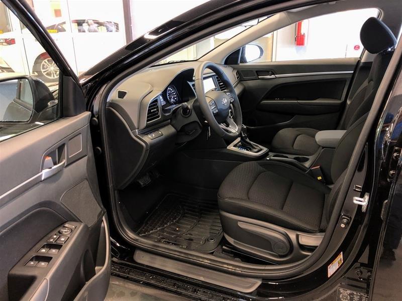 2020 Hyundai Elantra Sedan Preferred IVT in Regina, Saskatchewan - 5 - w1024h768px