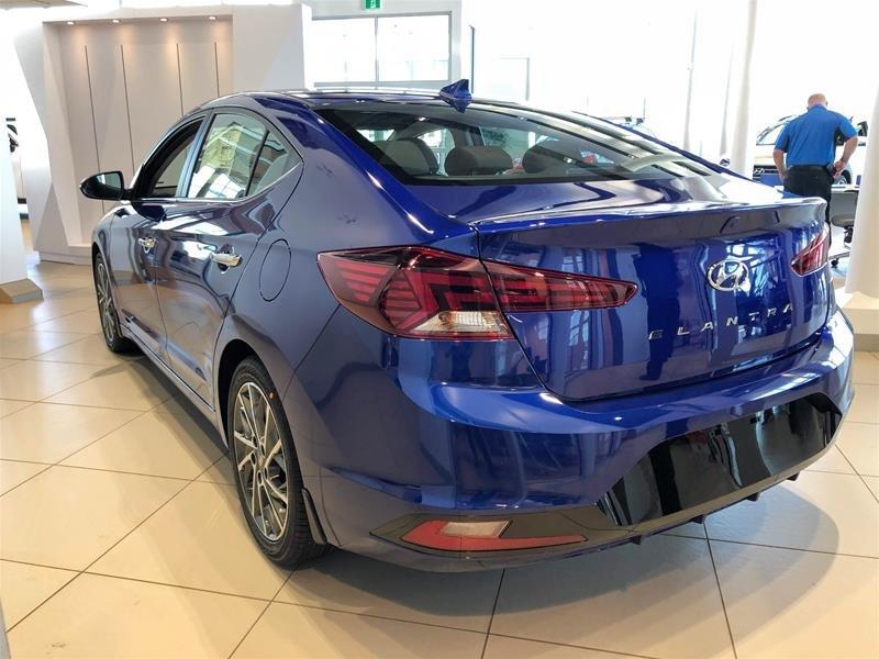 2020 Hyundai Elantra Sedan Luxury IVT in Regina, Saskatchewan - 4 - w1024h768px