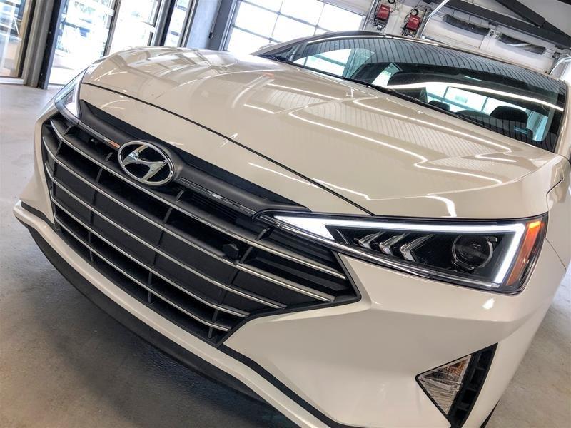 2020 Hyundai Elantra Sedan Preferred IVT in Regina, Saskatchewan - 14 - w1024h768px