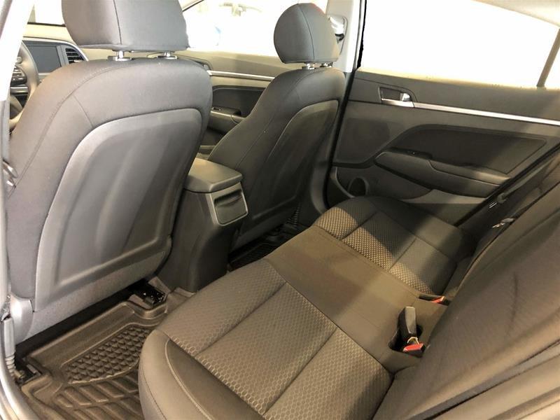 2020 Hyundai Elantra Sedan Preferred IVT Sun and Safety in Regina, Saskatchewan - 12 - w1024h768px