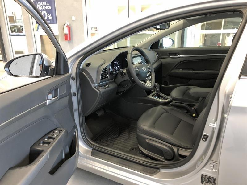 2020 Hyundai Elantra Sedan Luxury IVT in Regina, Saskatchewan - 5 - w1024h768px