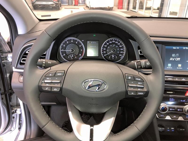 2020 Hyundai Elantra Sedan Luxury IVT in Regina, Saskatchewan - 7 - w1024h768px