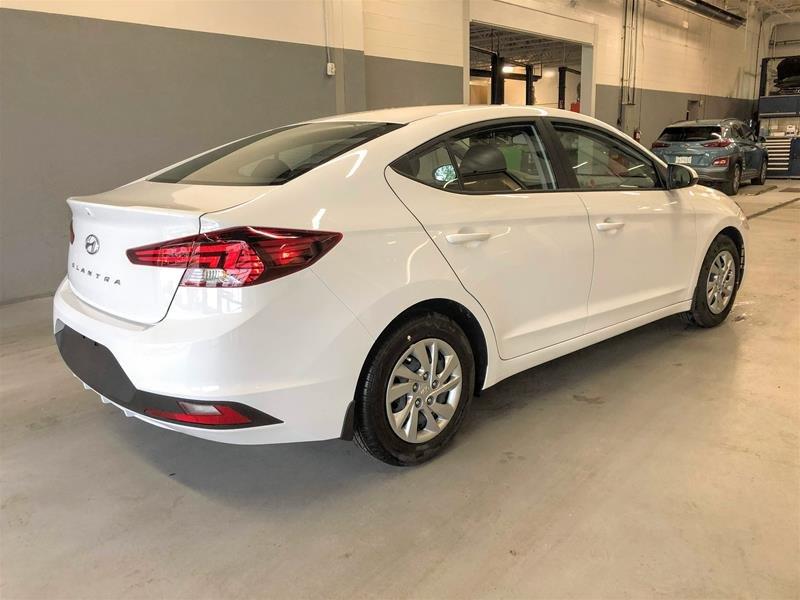 2020 Hyundai Elantra Sedan Essential IVT in Regina, Saskatchewan - 3 - w1024h768px