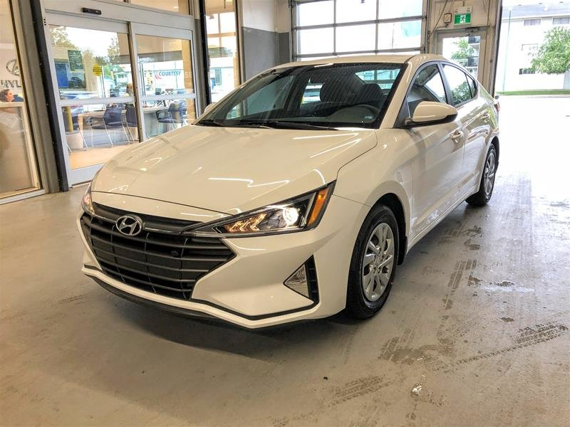 2020 Hyundai Elantra Sedan Essential IVT in Regina, Saskatchewan - 1 - w1024h768px