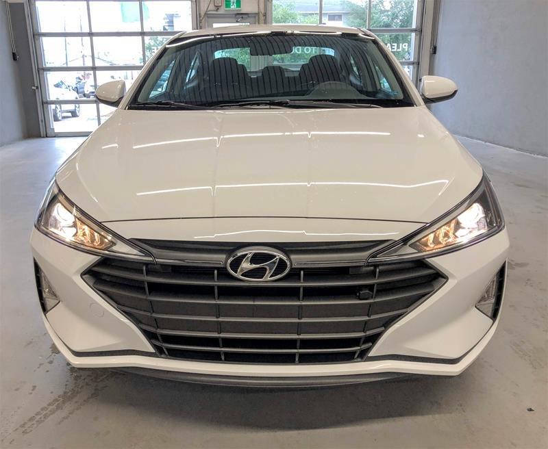 2020 Hyundai Elantra Sedan Essential IVT in Regina, Saskatchewan - 12 - w1024h768px