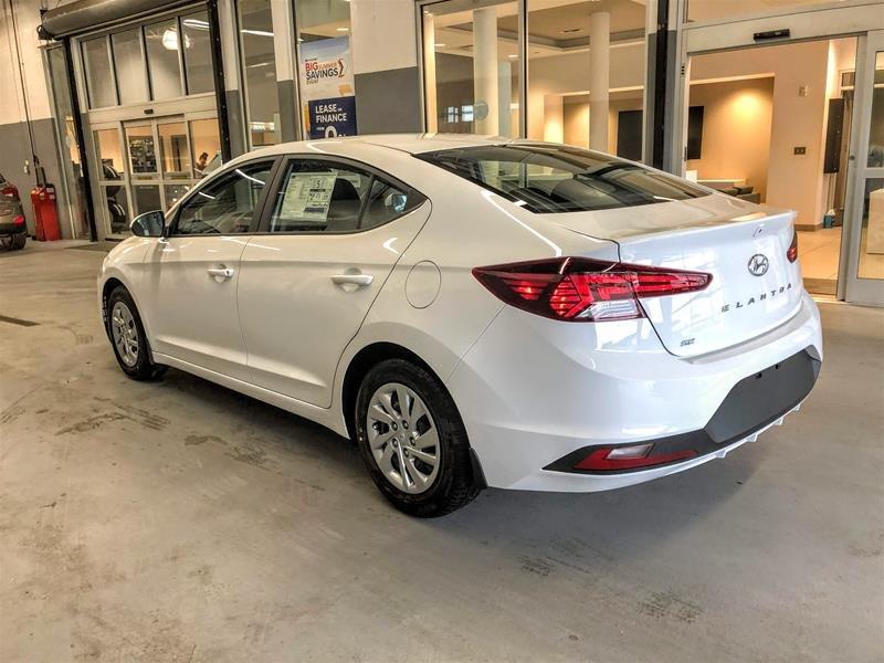 2020 Hyundai Elantra Sedan Essential IVT in Regina, Saskatchewan - 4 - w1024h768px