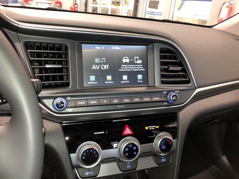 2020 Hyundai Elantra Sedan Preferred IVT Sun and Safety in Regina, Saskatchewan - 9 - w1024h768px