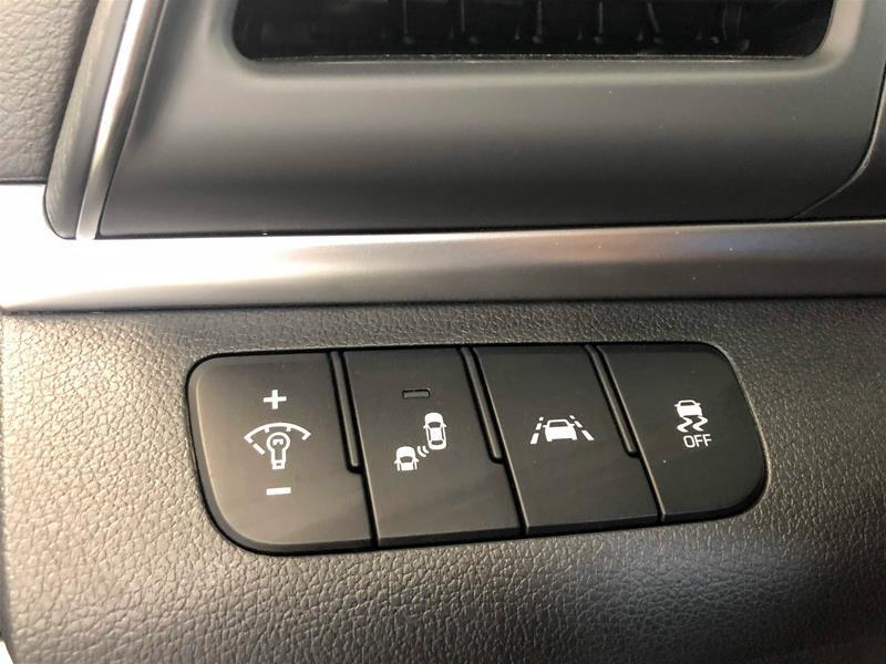 2020 Hyundai Elantra Sedan Preferred IVT Sun and Safety in Regina, Saskatchewan - 6 - w1024h768px