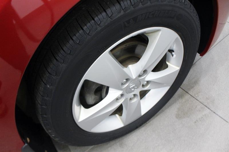 2011 Hyundai Elantra GLS at in Regina, Saskatchewan - 17 - w1024h768px