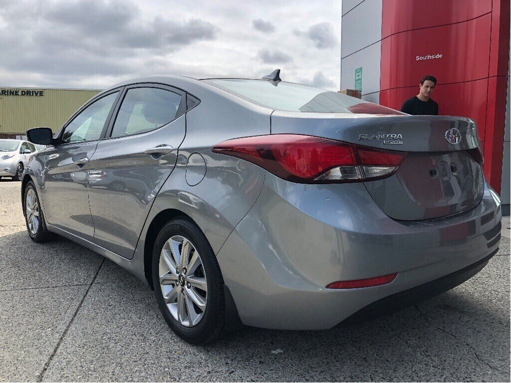 2015 Hyundai Elantra GL at in Vancouver, British Columbia - 7 - w1024h768px