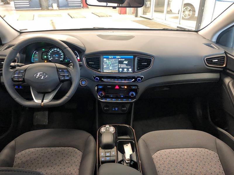 2019 Hyundai IONIQ EV Preferred in Regina, Saskatchewan - 8 - w1024h768px