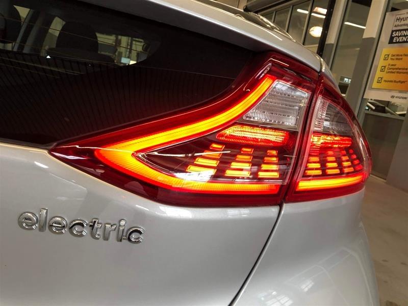 2019 Hyundai IONIQ EV Preferred in Regina, Saskatchewan - 14 - w1024h768px