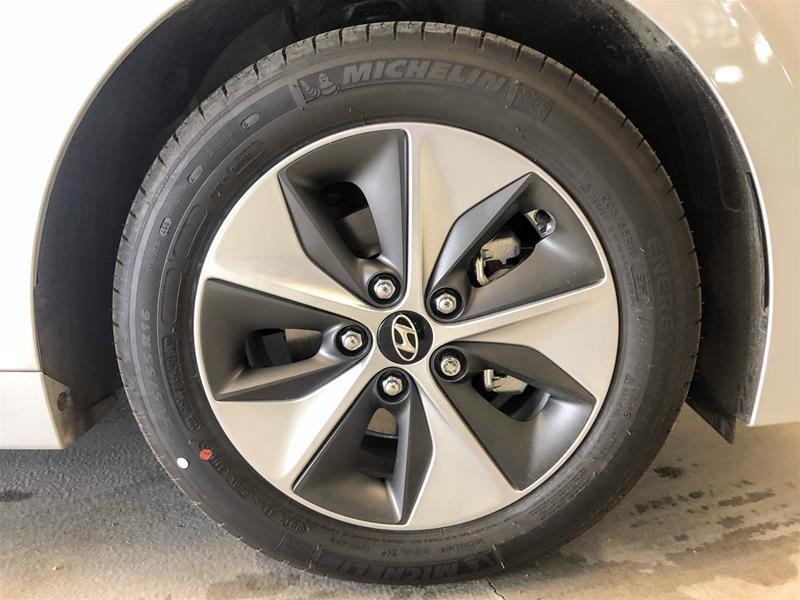 2019 Hyundai IONIQ EV Preferred in Regina, Saskatchewan - 13 - w1024h768px