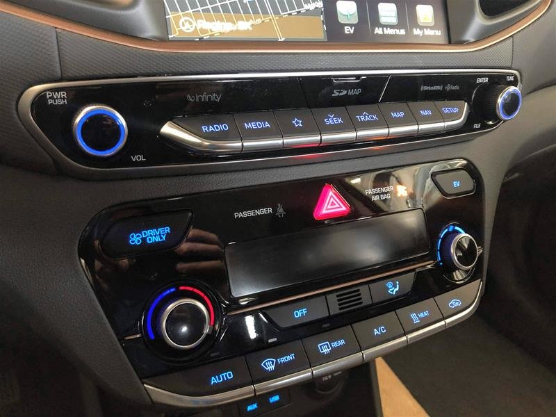 2019 Hyundai IONIQ EV Preferred in Regina, Saskatchewan - 9 - w1024h768px