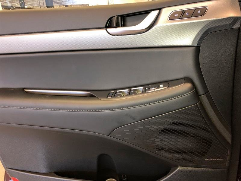 2020 Hyundai Palisade AWD Luxury 7 Passenger in Regina, Saskatchewan - 6 - w1024h768px