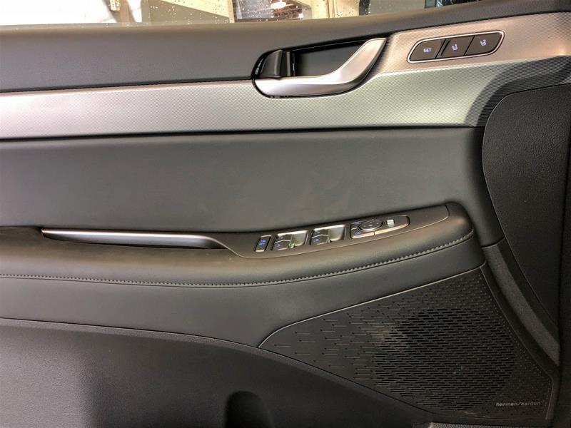 2020 Hyundai Palisade AWD Luxury 8 Passenger in Regina, Saskatchewan - 6 - w1024h768px