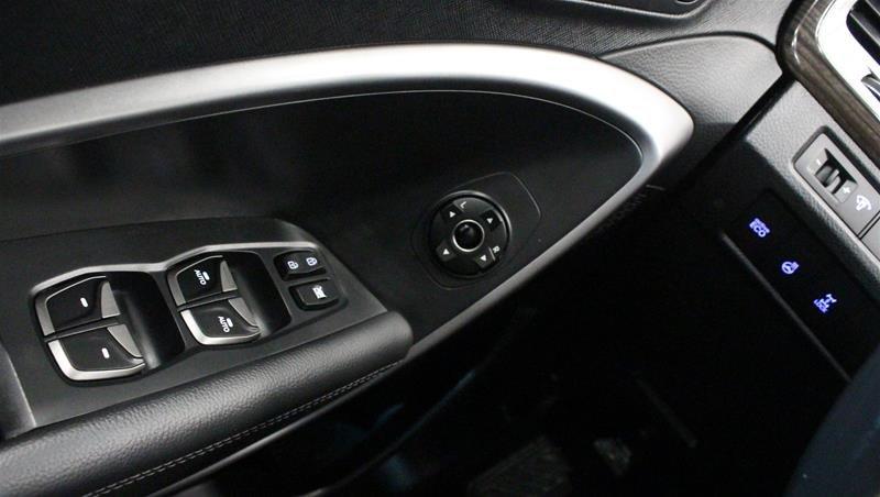 2015 Hyundai Santa Fe Sport 2.4L AWD Luxury in Regina, Saskatchewan - 3 - w1024h768px
