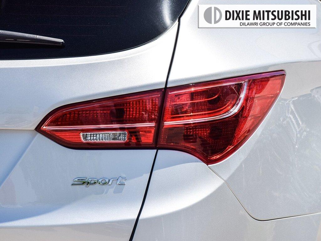 2015 Hyundai Santa Fe Sport 2.0T AWD SE in Mississauga, Ontario - 8 - w1024h768px