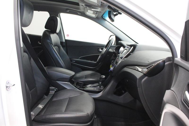 2013 Hyundai Santa Fe XL 3.3L AWD Luxury in Regina, Saskatchewan - 15 - w1024h768px
