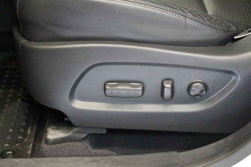 2013 Hyundai Santa Fe XL 3.3L AWD Luxury in Regina, Saskatchewan - 11 - w1024h768px