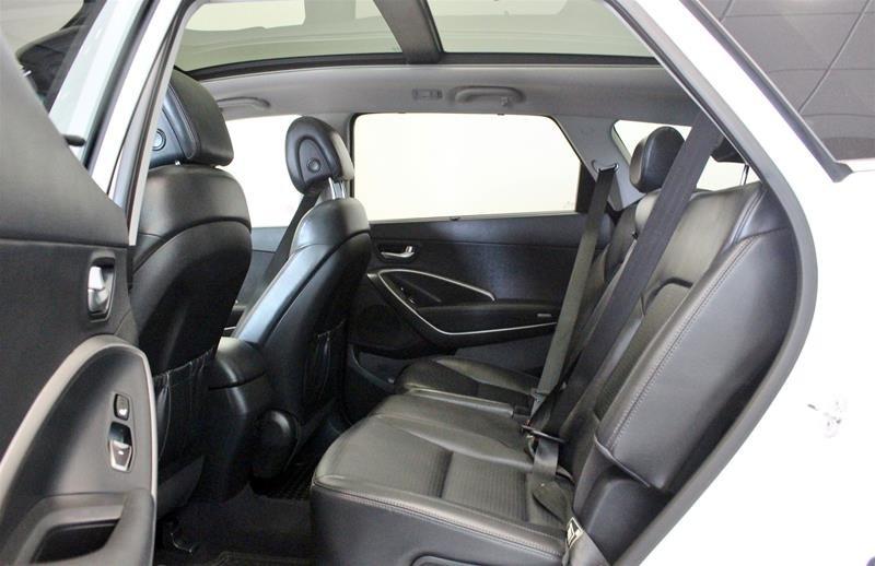 2013 Hyundai Santa Fe XL 3.3L AWD Luxury in Regina, Saskatchewan - 12 - w1024h768px